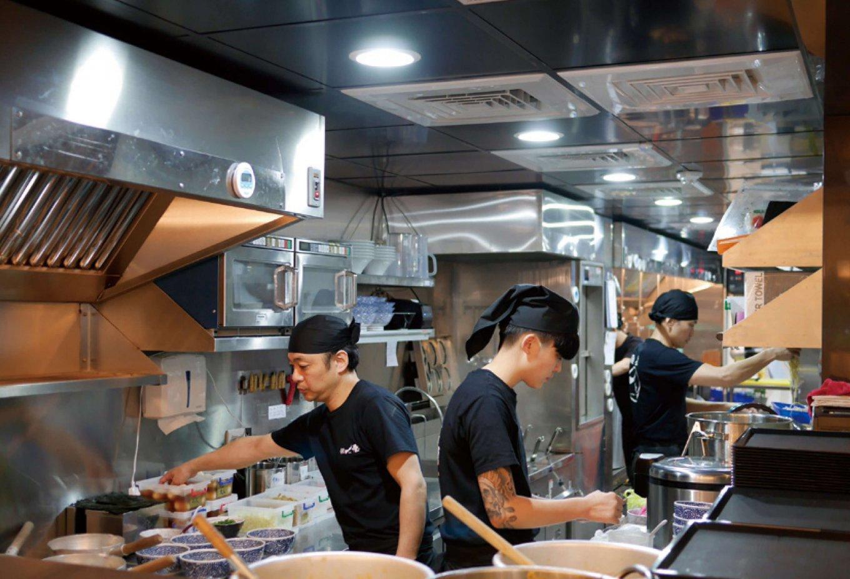 話題新餐廳 食尚玩家eMOOK超級選